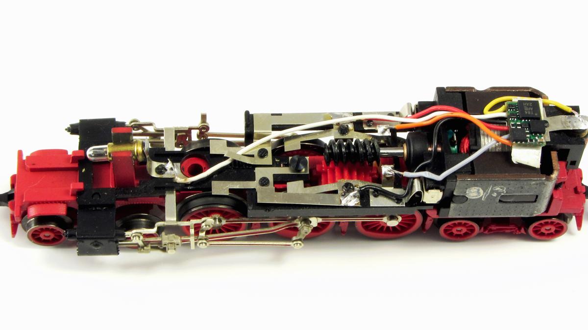 BR 78 mit fertig eingebautem Decoder