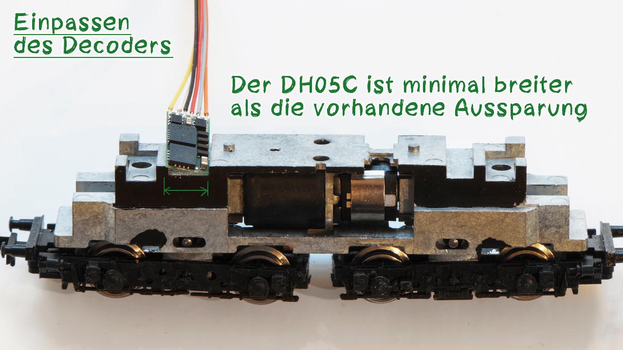 Maßnehmen an der E44 für den Decoder DH05C
